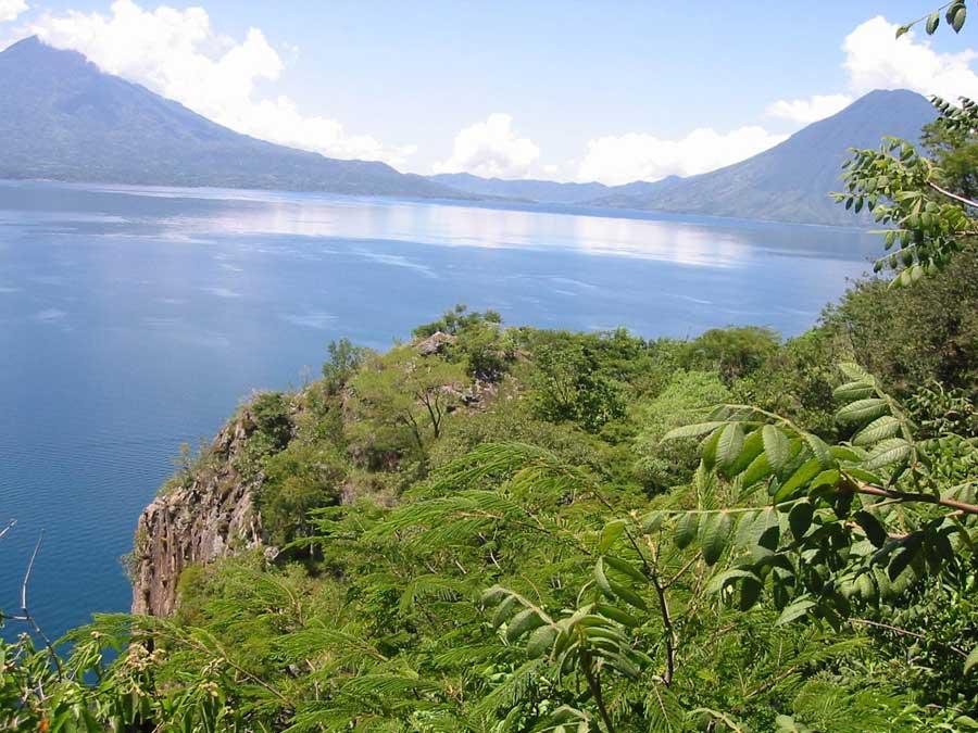 Laguna-Lodge-nature-reserve-walking