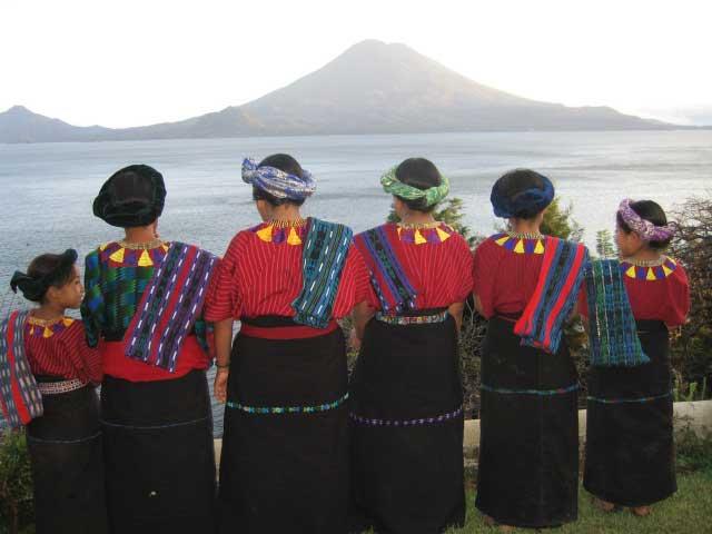 Laguna-Lodge-indigenous-ladies-at-our-organic-gardens