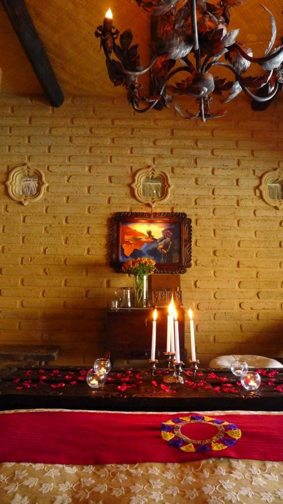 Laguna-Lodge-wall